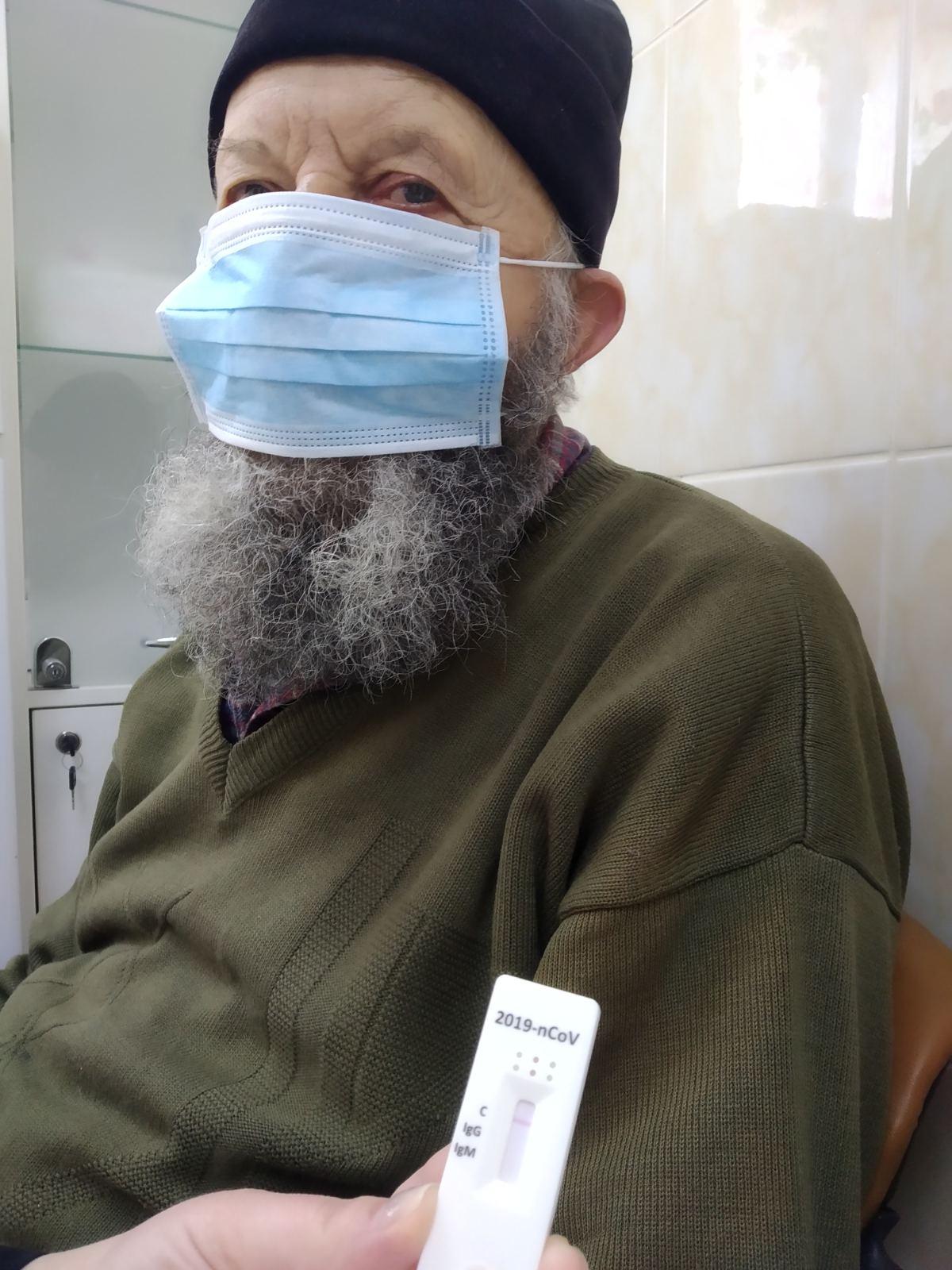 Священників церков Бориспільського району забезпечили безкоштовними тестами на COVID-19